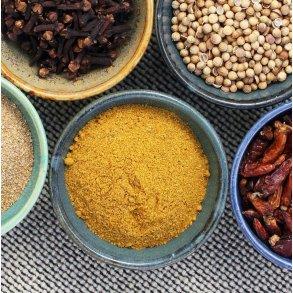 Krydderiblandinger i spand
